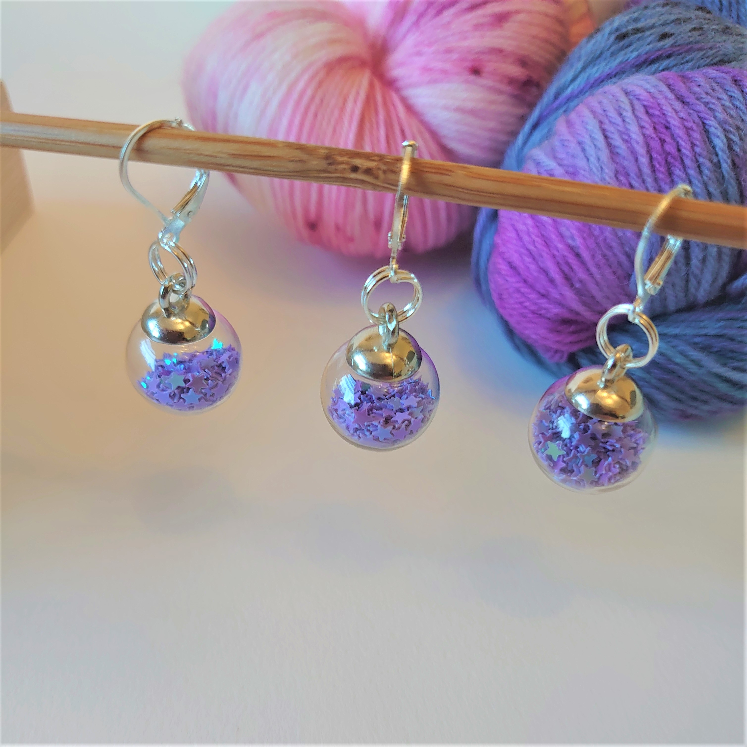 Lilac Sparkle Bauble Stitch Markers