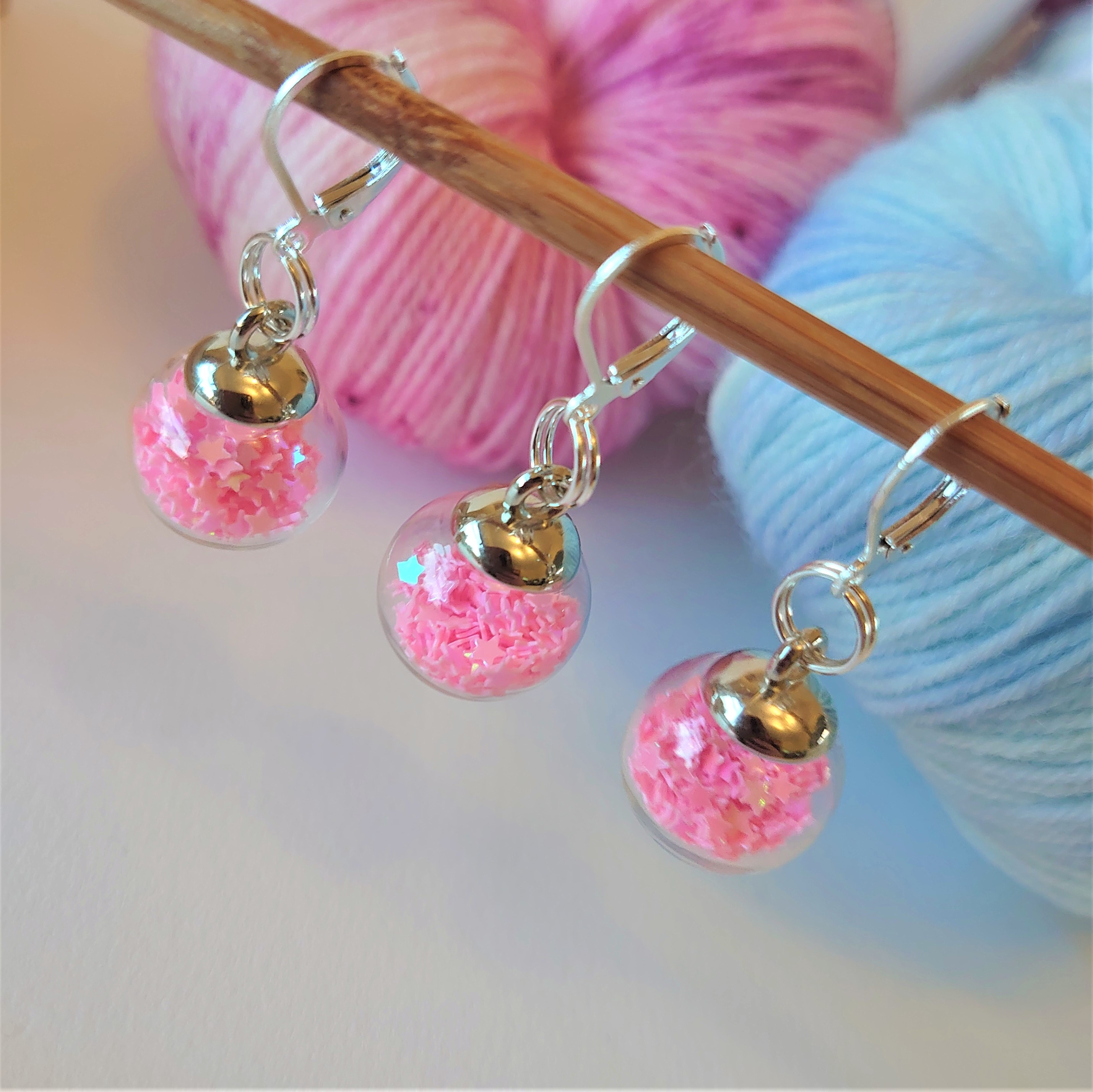 Pastel Pink Sparkle Bauble Stitch Markers
