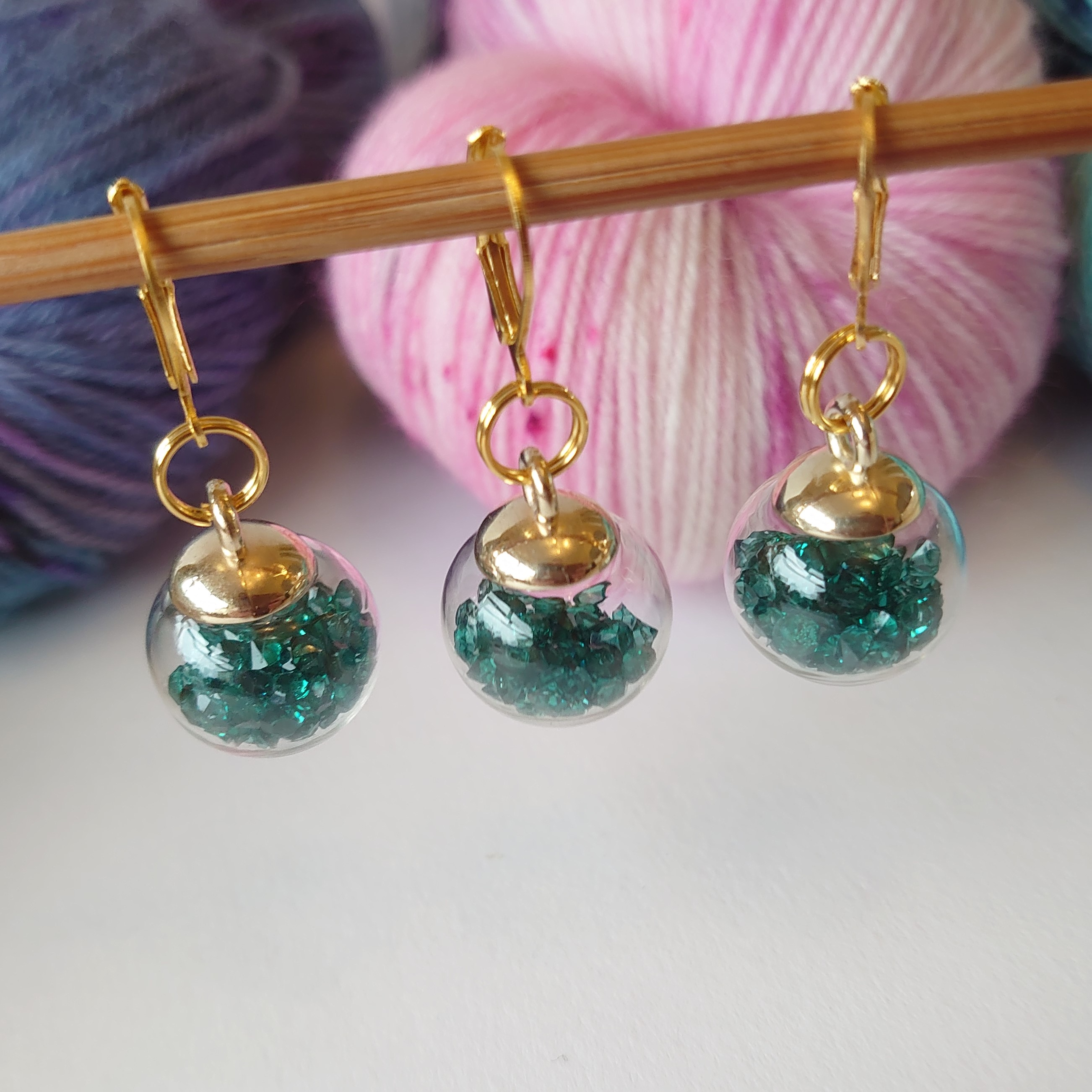 Deep Green Gold Clasp Gem Bauble Stitch Markers